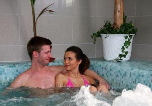 Jacuzzi och wellness i Hotell Griff Budapest